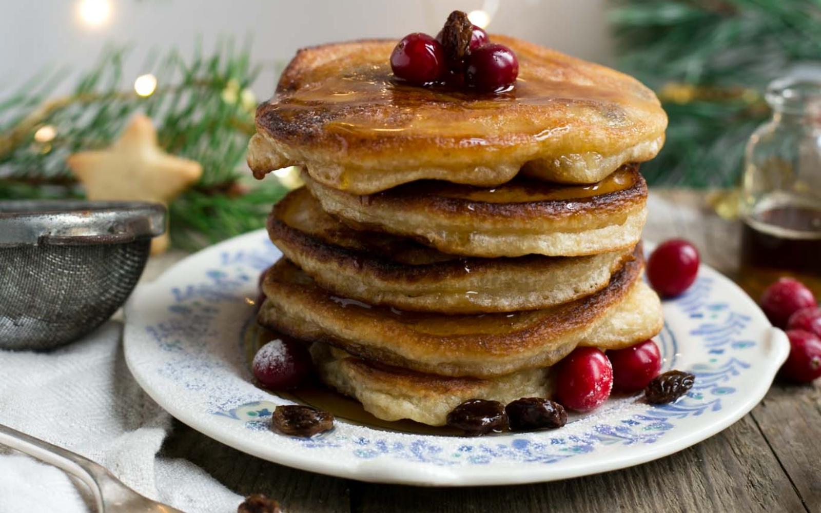 Rum raisin pancakes