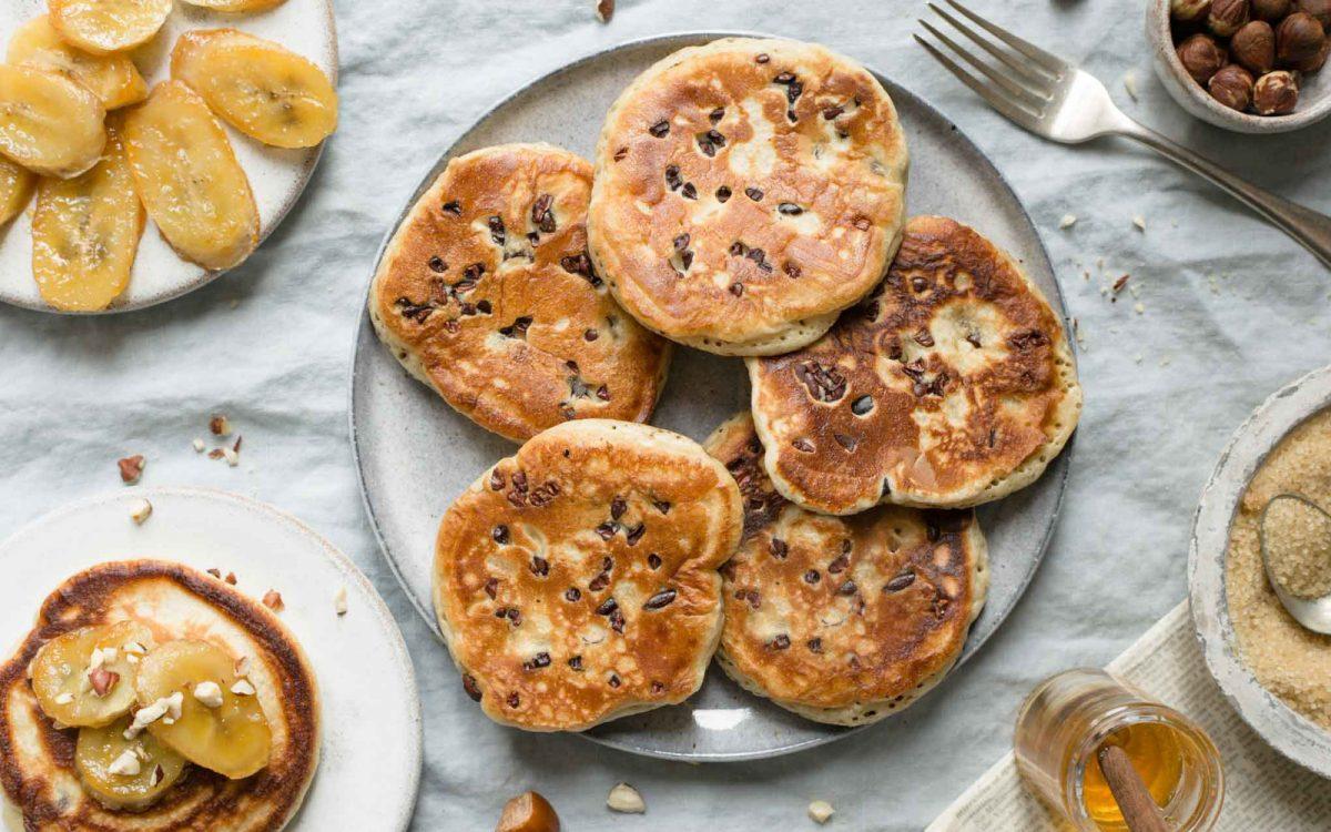 banana and hazelnut pancakes