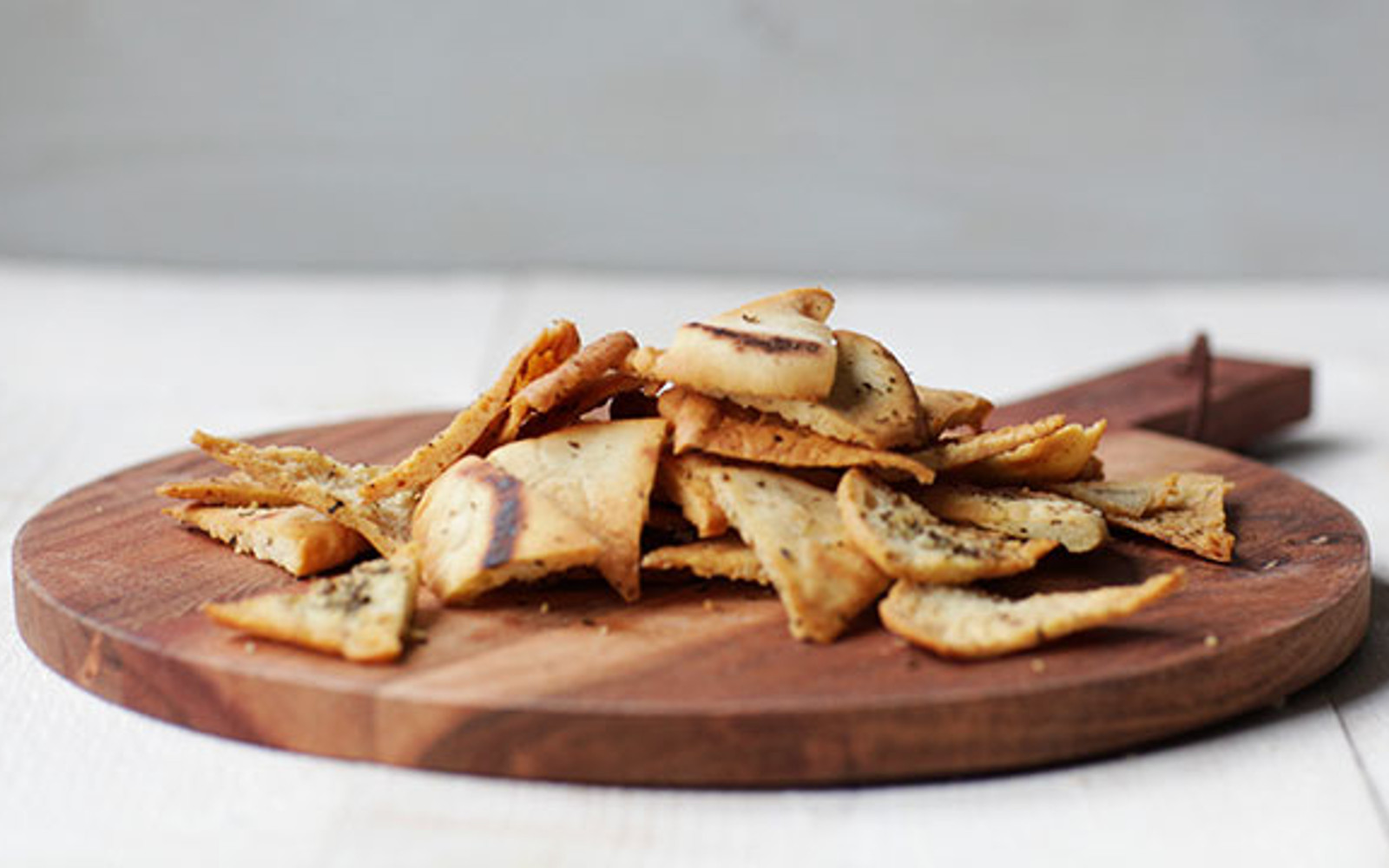 Vegan easy homemade pita chips with spices