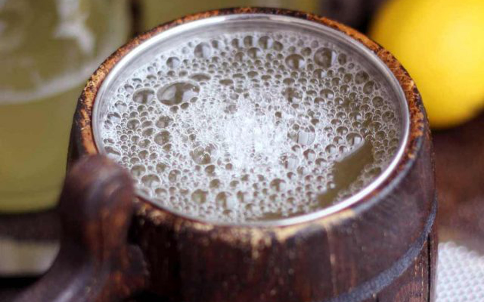 Vegan Homemade Ginger Beer with bubbles