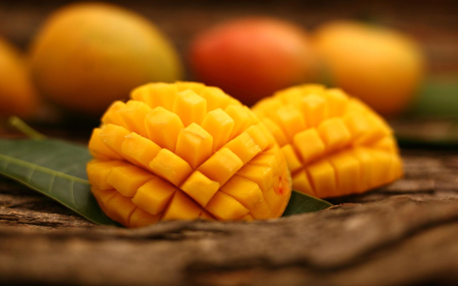 Raw Vegan Fresh Mango