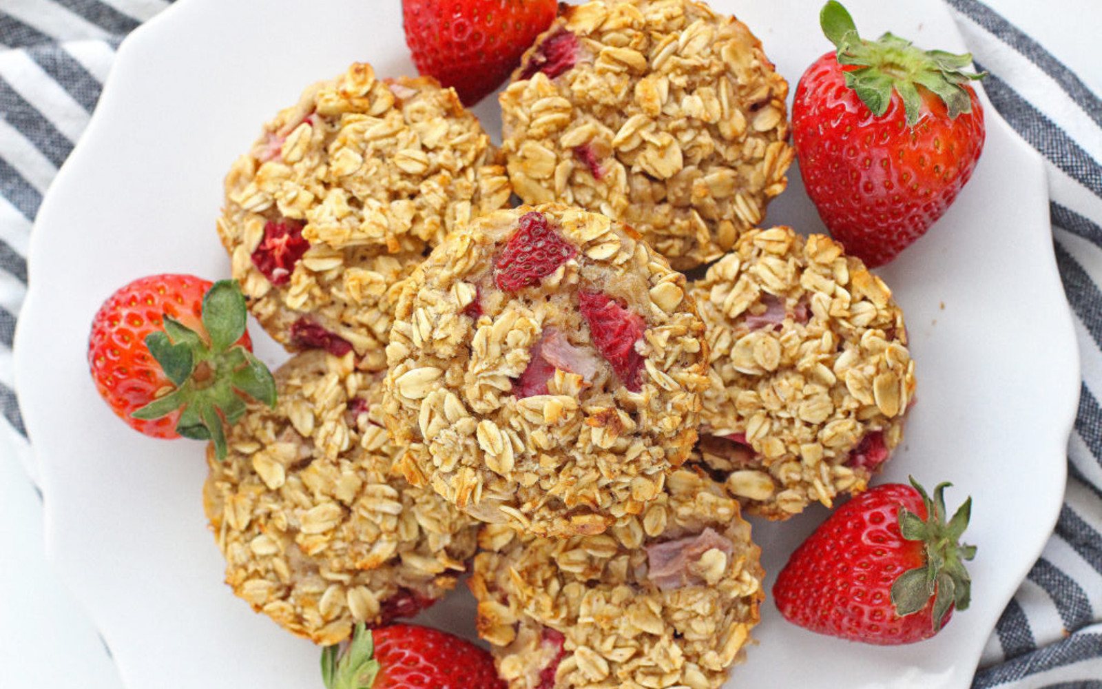 Vegan Gluten-Free Strawberry Banana Baked Oatmeal refined sugar-free with fresh strawberries
