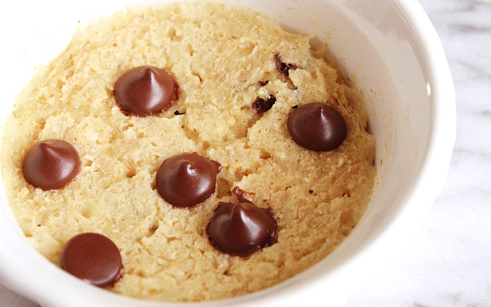 Vegan Gluten-Free 5-Ingredient Chocolate Chip Mug Cake