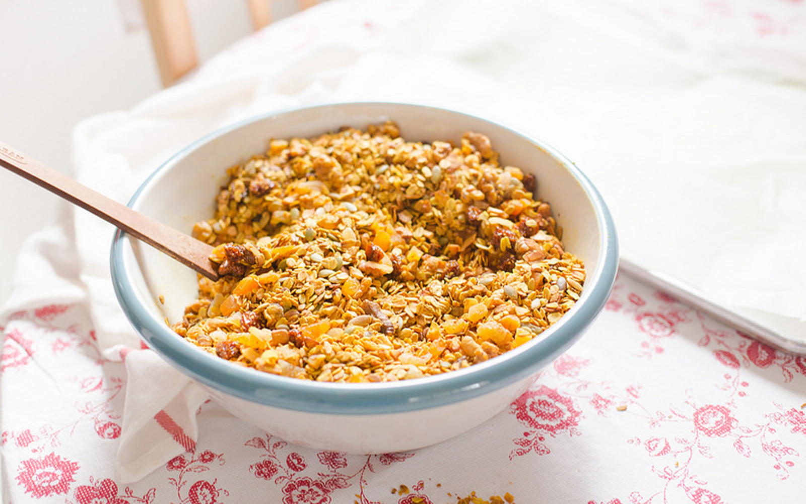 Vegan Gluten-Free Vegan Turmeric Granola with Goldenberry
