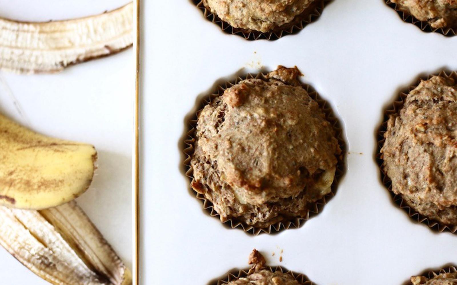 Vegan Banana Bread Muffins With Creamy Cashew Milk