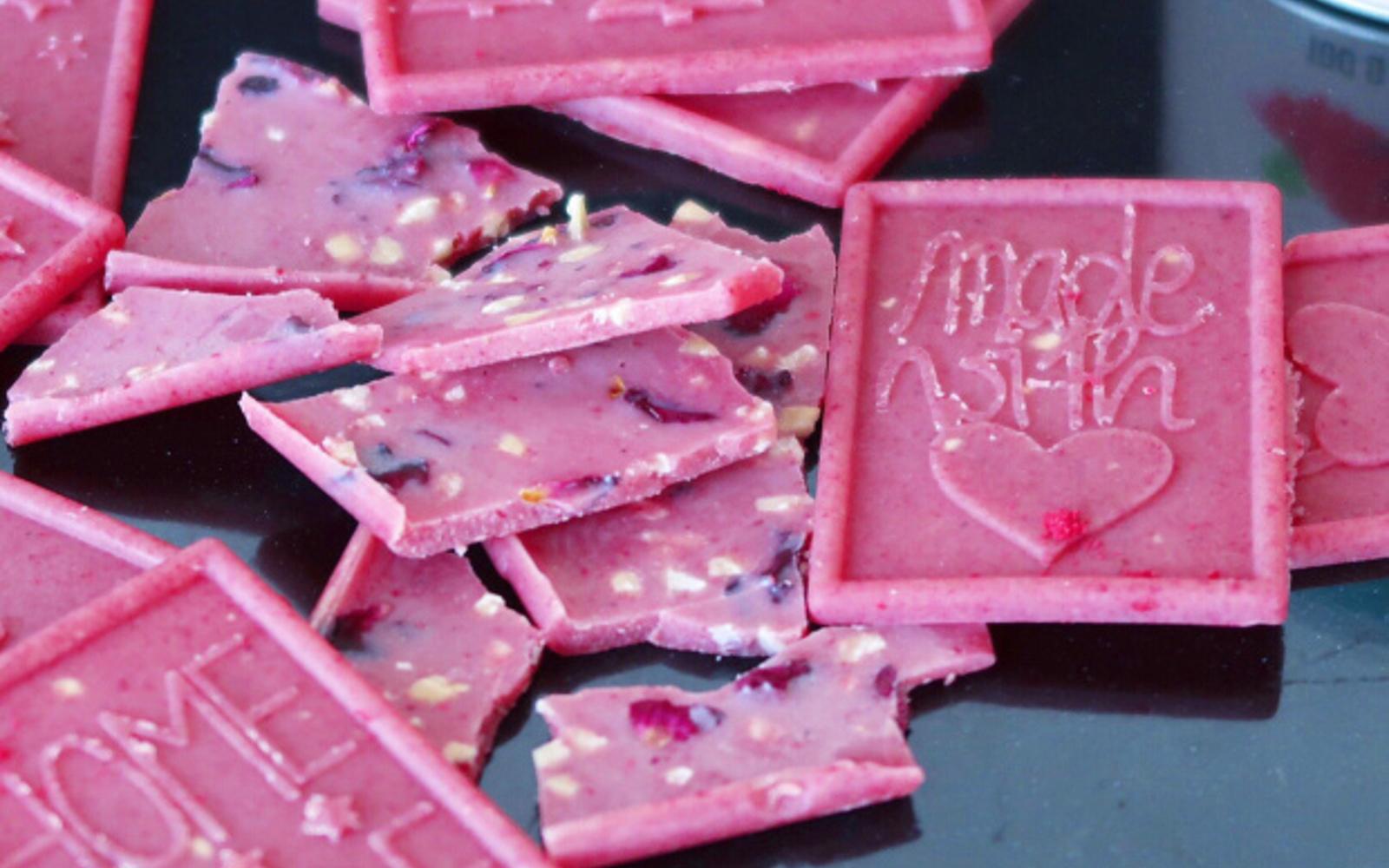 5-Ingredient Raspberry Chocolates [Vegan]