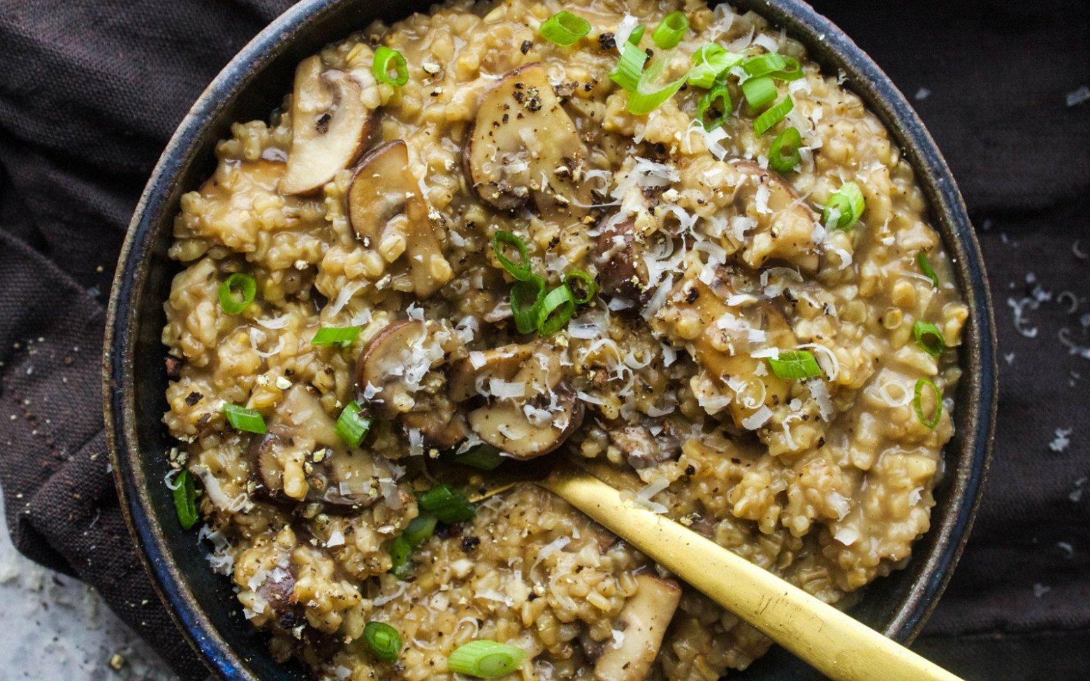 Savory Mushroom Oats [Vegan, Gluten-Free]
