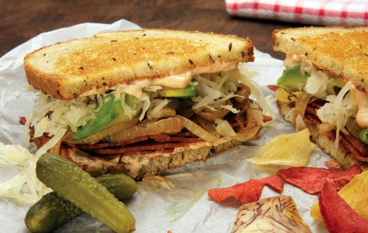 Mayim Bialik's Reuben Sandwich [Vegan]