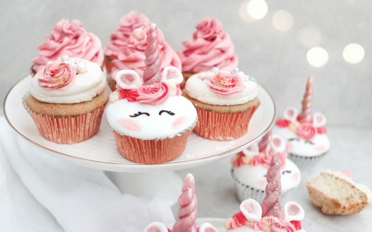 Vegan Unicorn Cupcakes