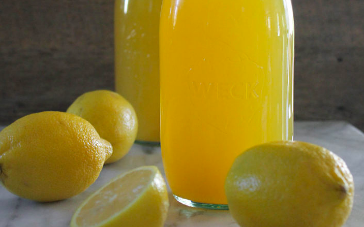 Flu Fighter Immunity-Boosting Lemon Ginger Turmeric Tonic