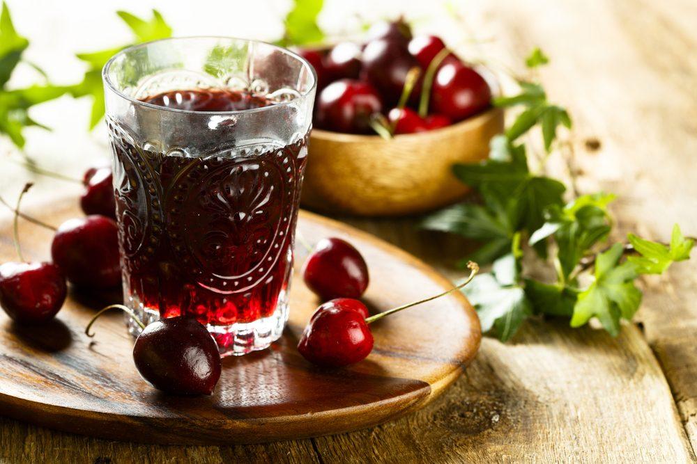 Sour cherries juice