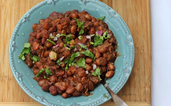 Smoky garden beans