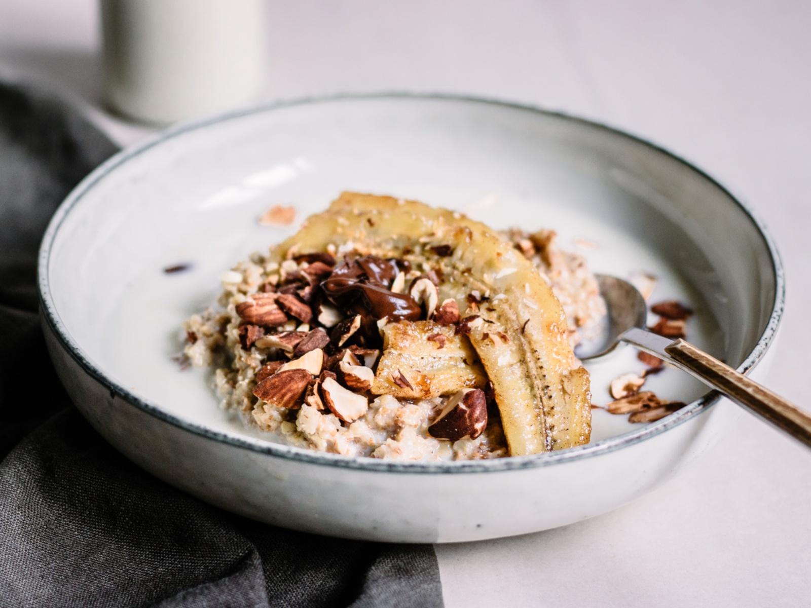 Banana Split Oatmeal with Roasted Almonds