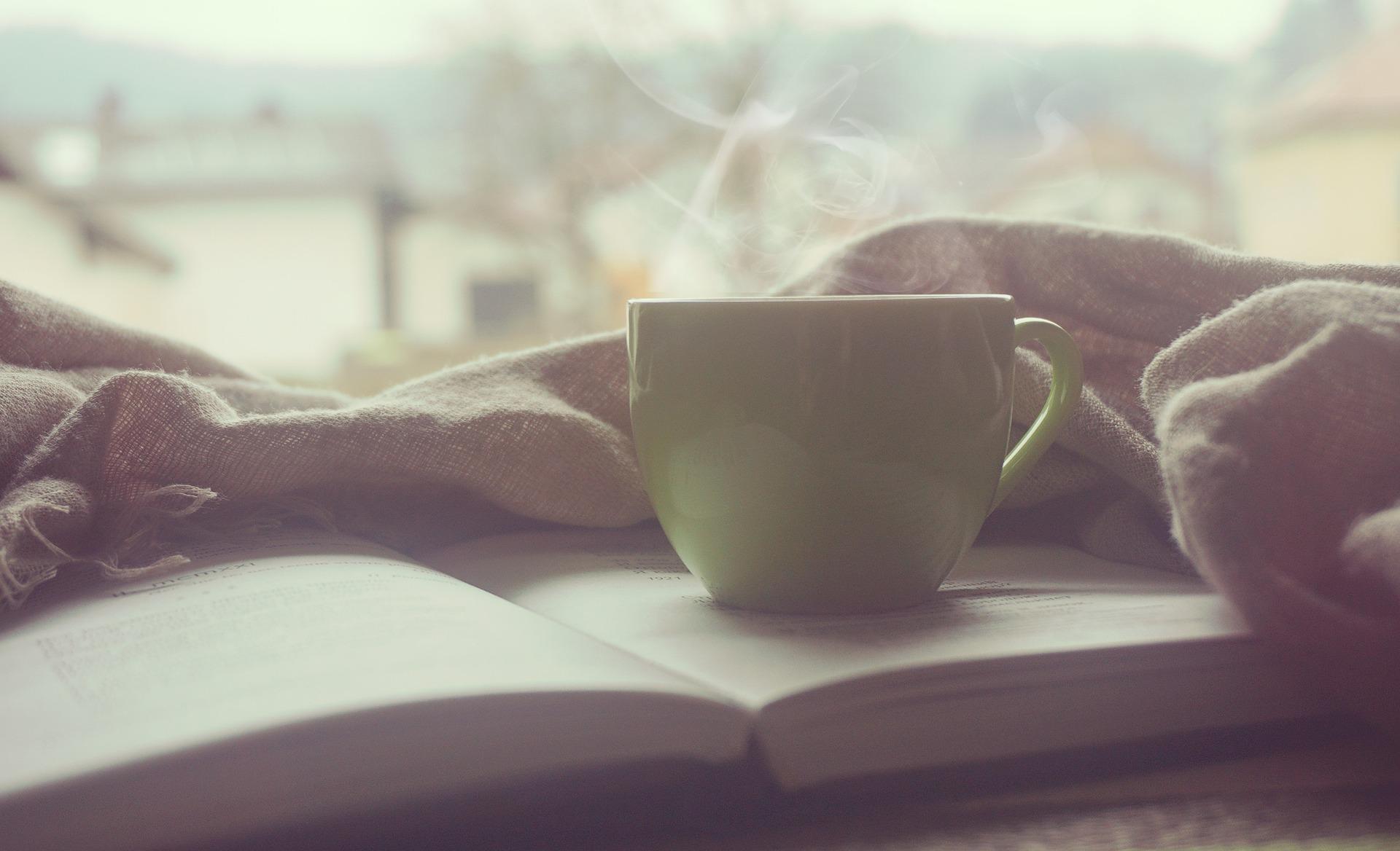 Mug with warm drink
