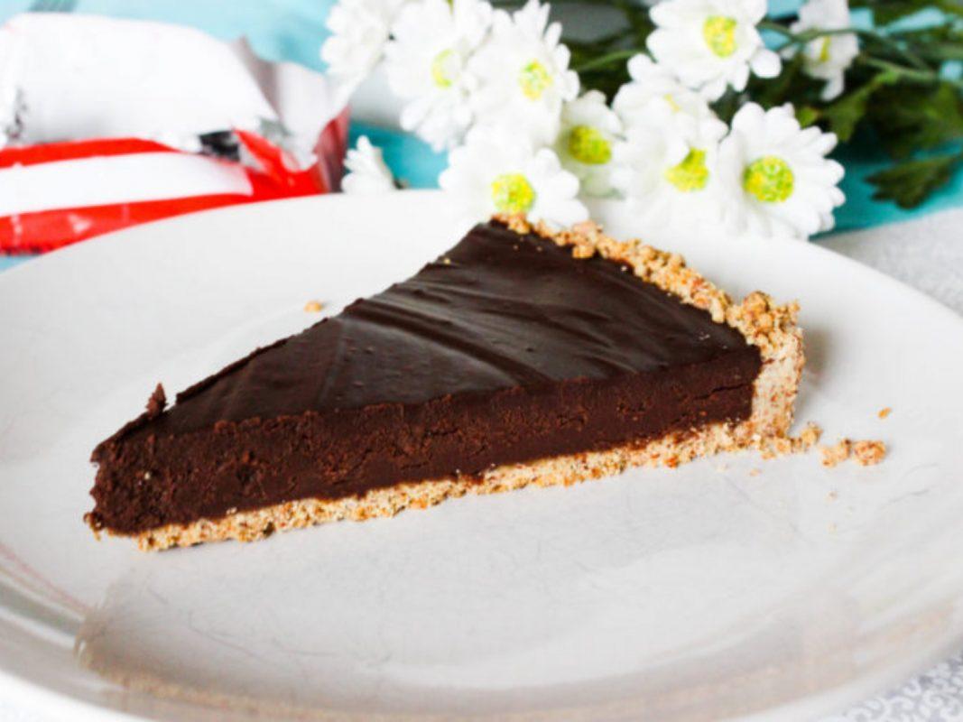 Vegan chocolate almond tart