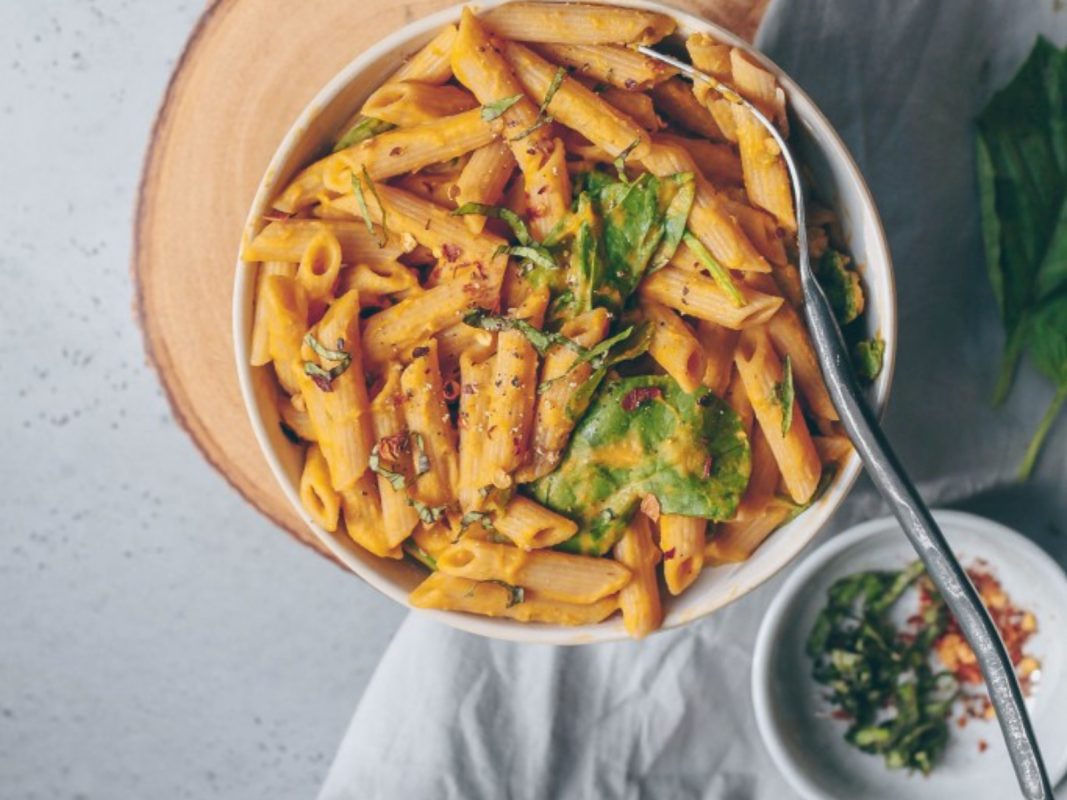 creamy butternut squash and roasted tomato pasta
