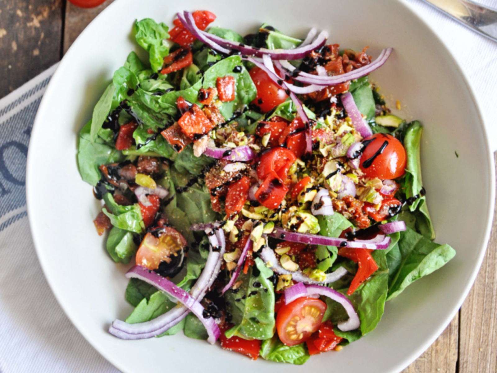 Spinach Salad with Pistachios and Sun-Dried Tomatoes