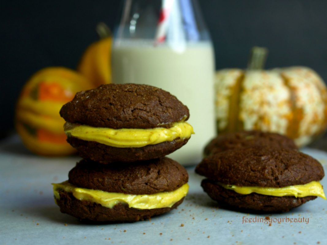 Gingerbread Whoopie Pies with Pumpkin Creme