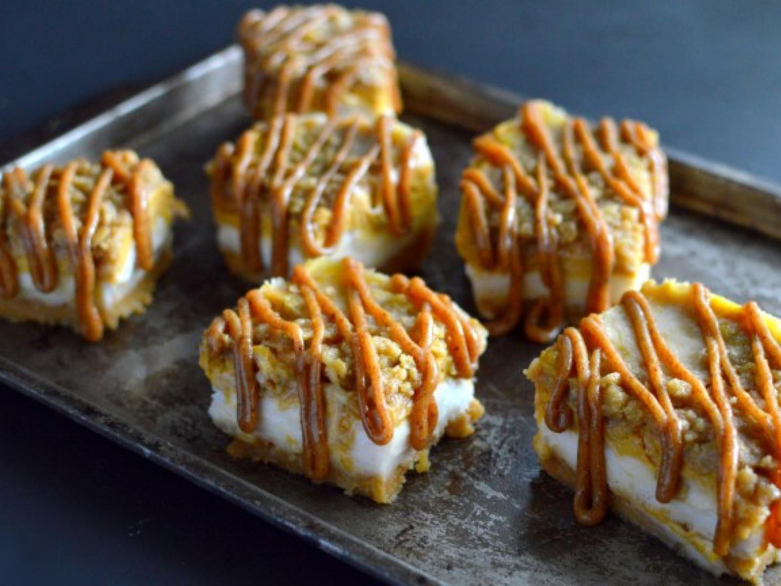Vegan Caramel Pumpkin Pie Cheesecake with Streusel Topping