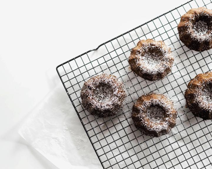 Vegan Mini Ginger-Spiced Bundt Cakes