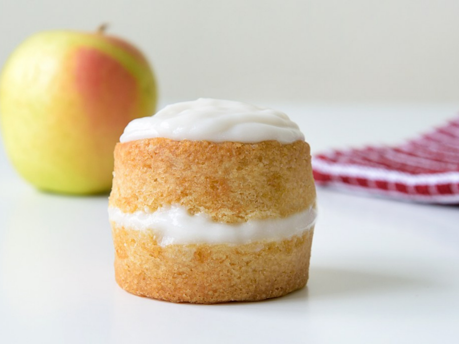 Mini Apple Cake [Vegan]