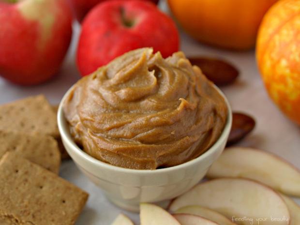 Salted Caramel Pumpkin Dip [Vegan, Oil-Free, Refined Sugar-Free]