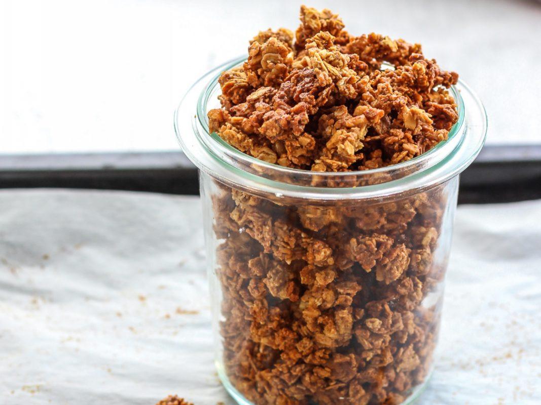 Vegan Cinnamon Crunch Granola