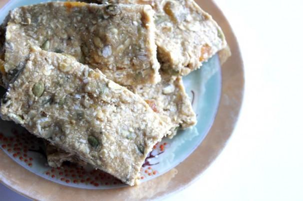 Vegan No-Bake Apricot Granola Bars