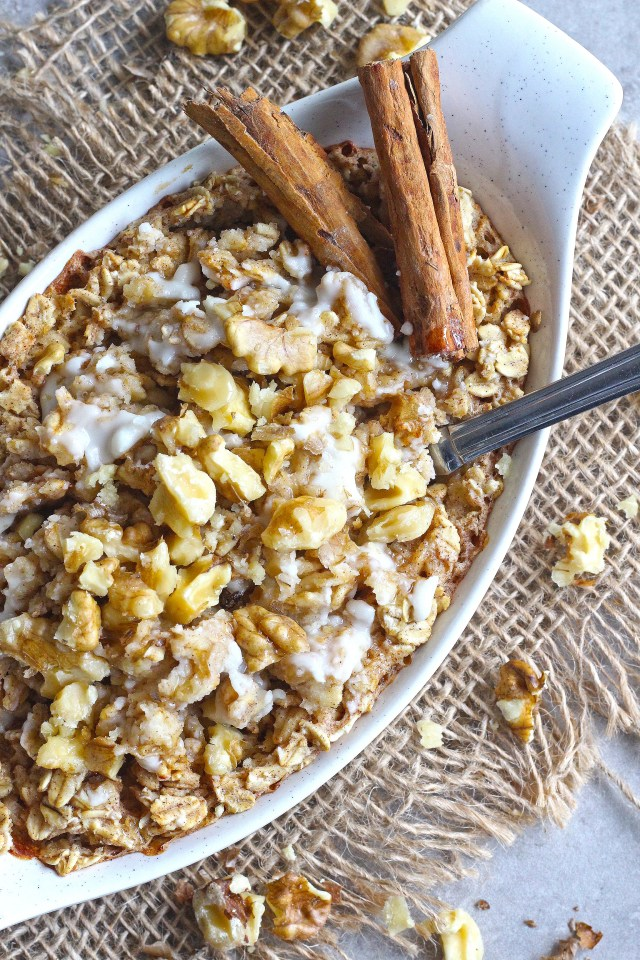 Frosted Gingerbread Baked Oatmeal [Vegan, Gluten-Free]