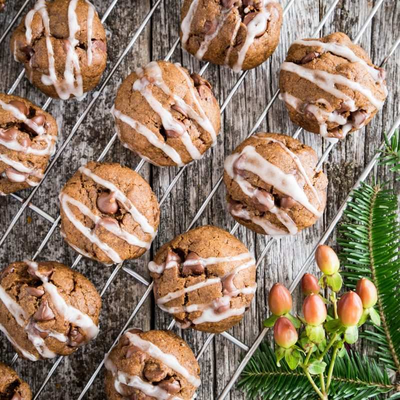 Vegan Gingerbread Chocolate Chip Cookies