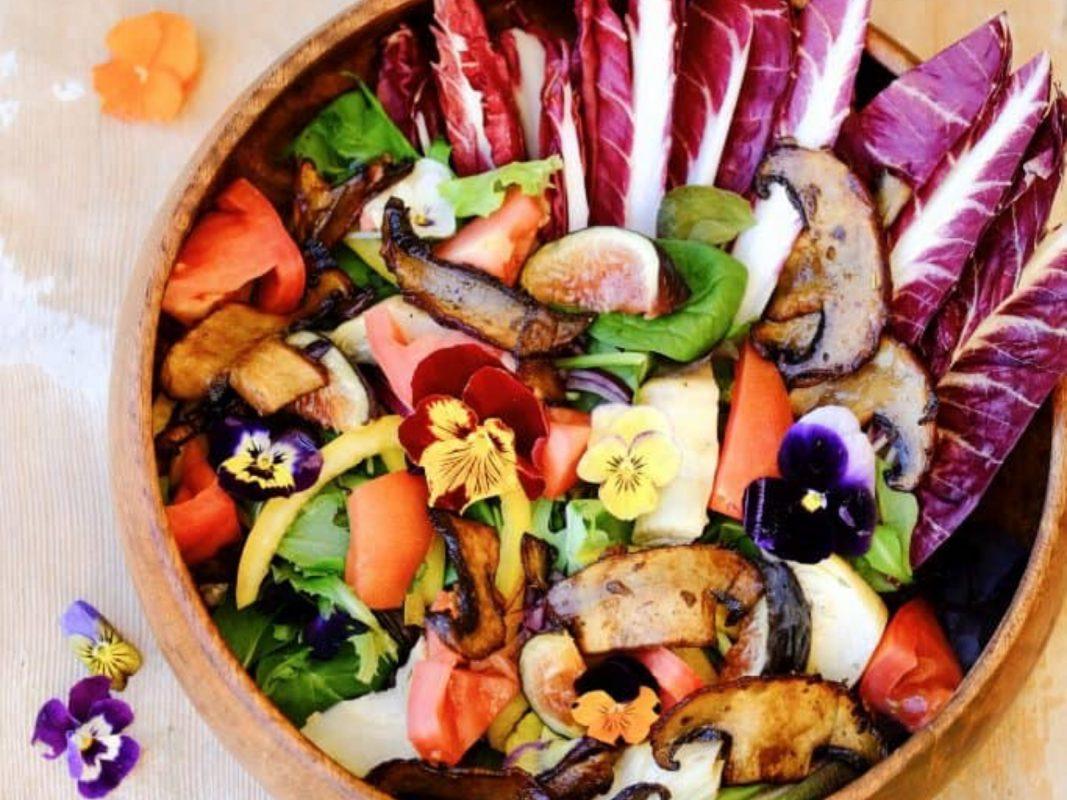 Salad with portobello bacon