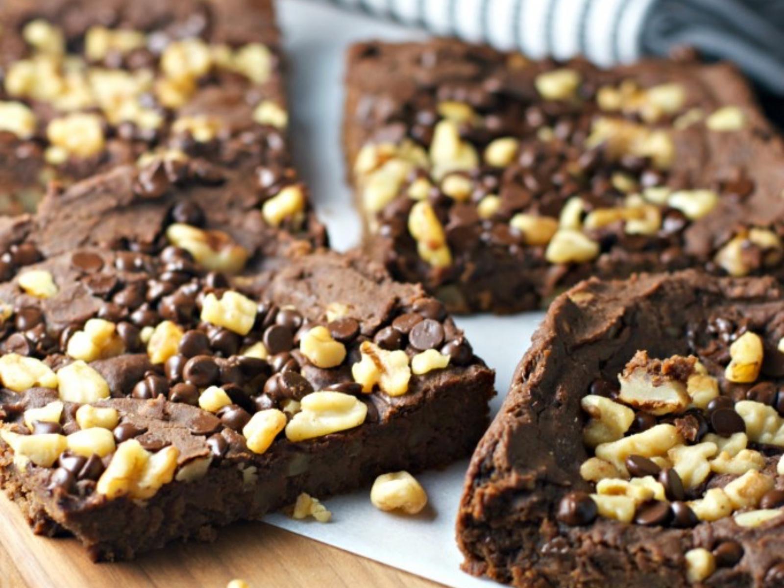 Vegan Fudge Walnut Brownies