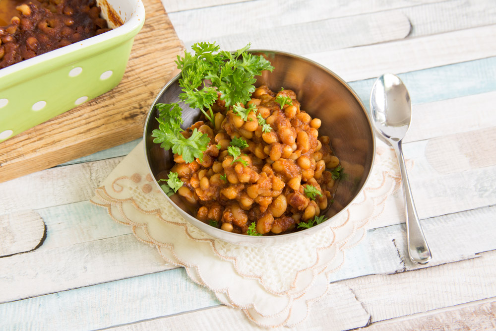 Vegan Sweet and Tangy Baked Beans