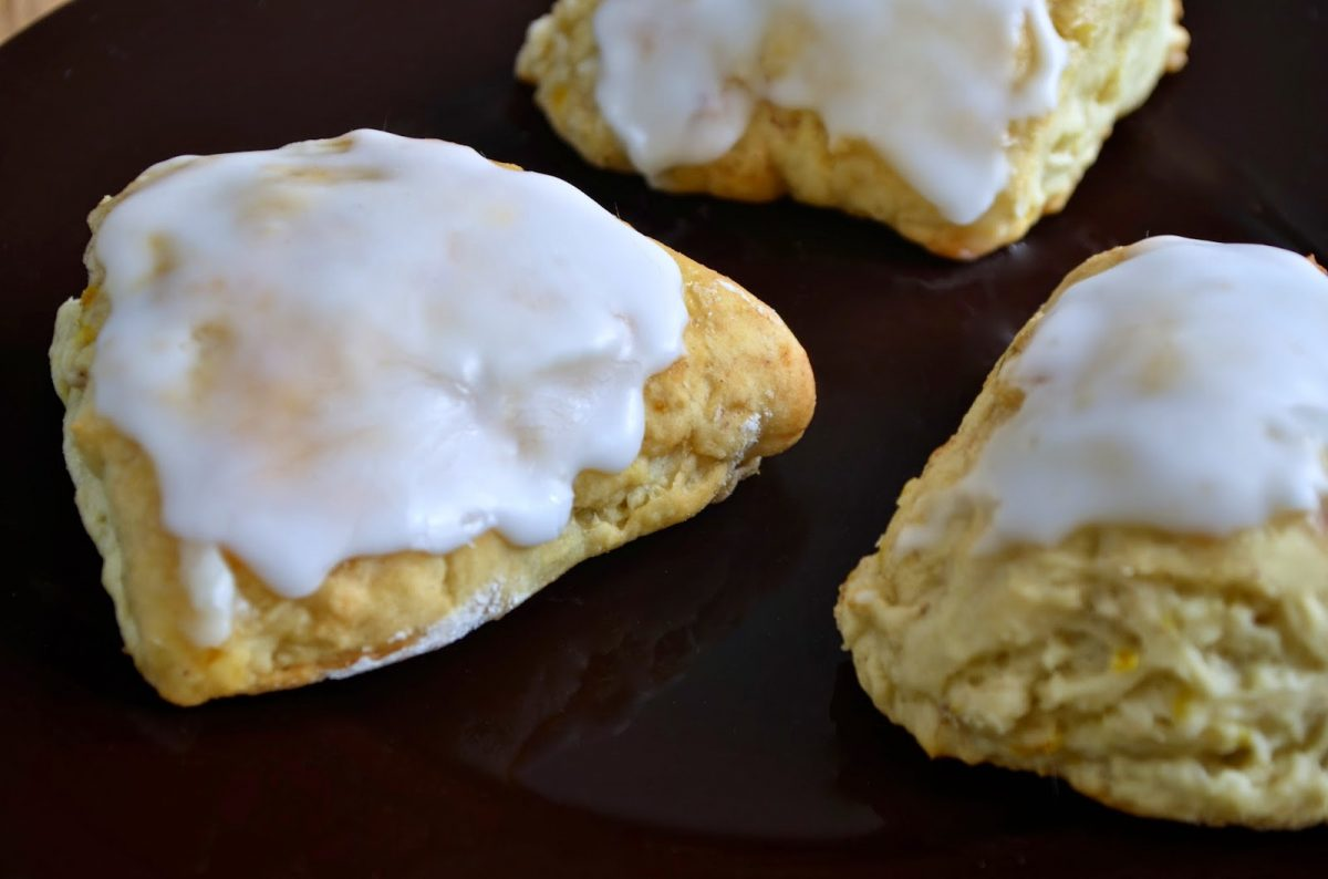 Simple easy vegan orange scones