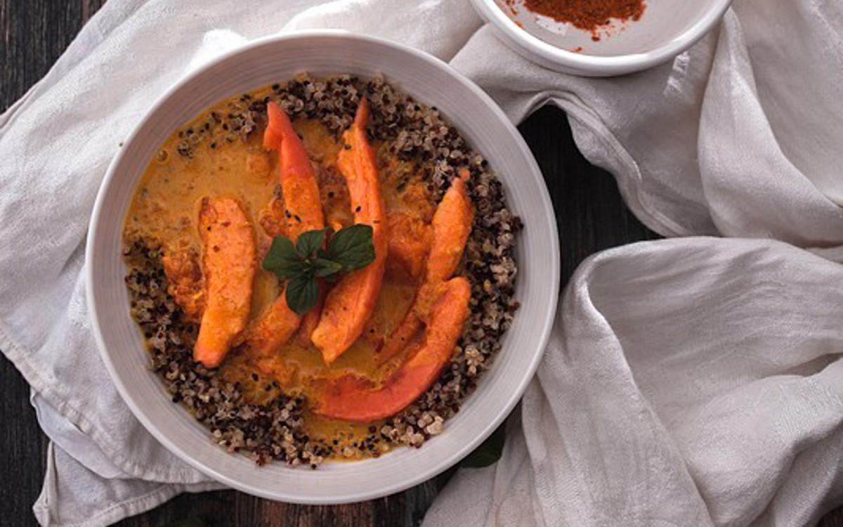 Vegan papaya coconut milk curry