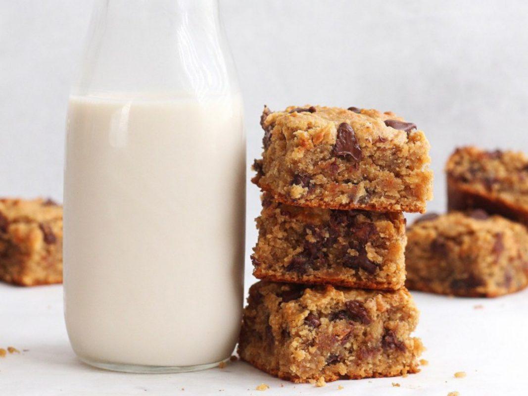 Vegan Peanut Butter Oatmeal Bars