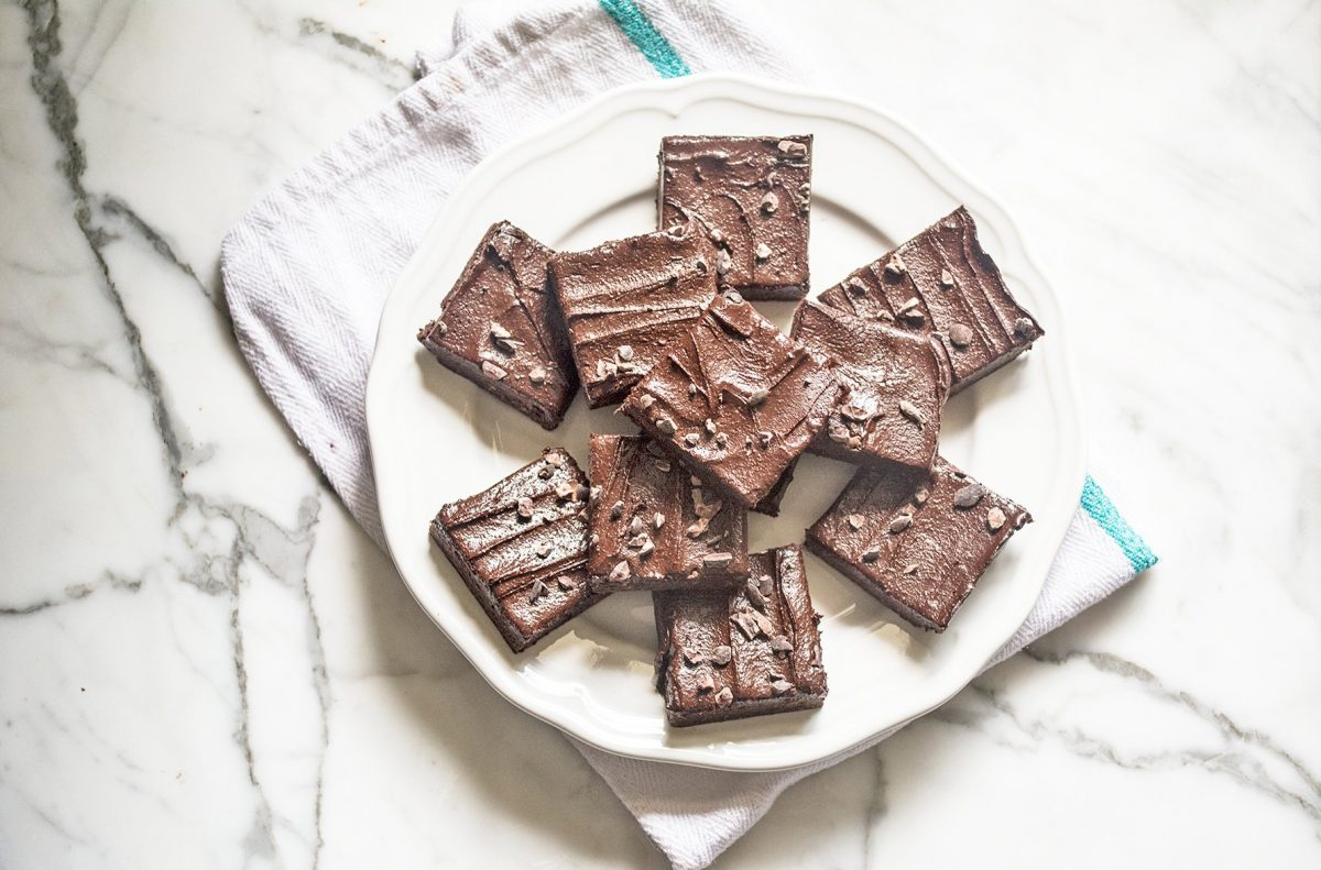 Vegan raw dark chocolate brownies