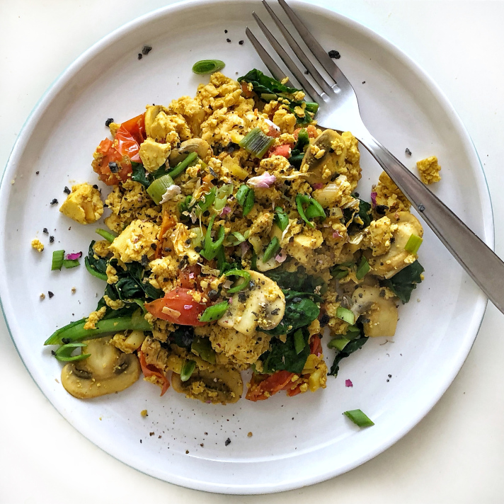 "Vegan Keto Scrambled ""Eggs"""