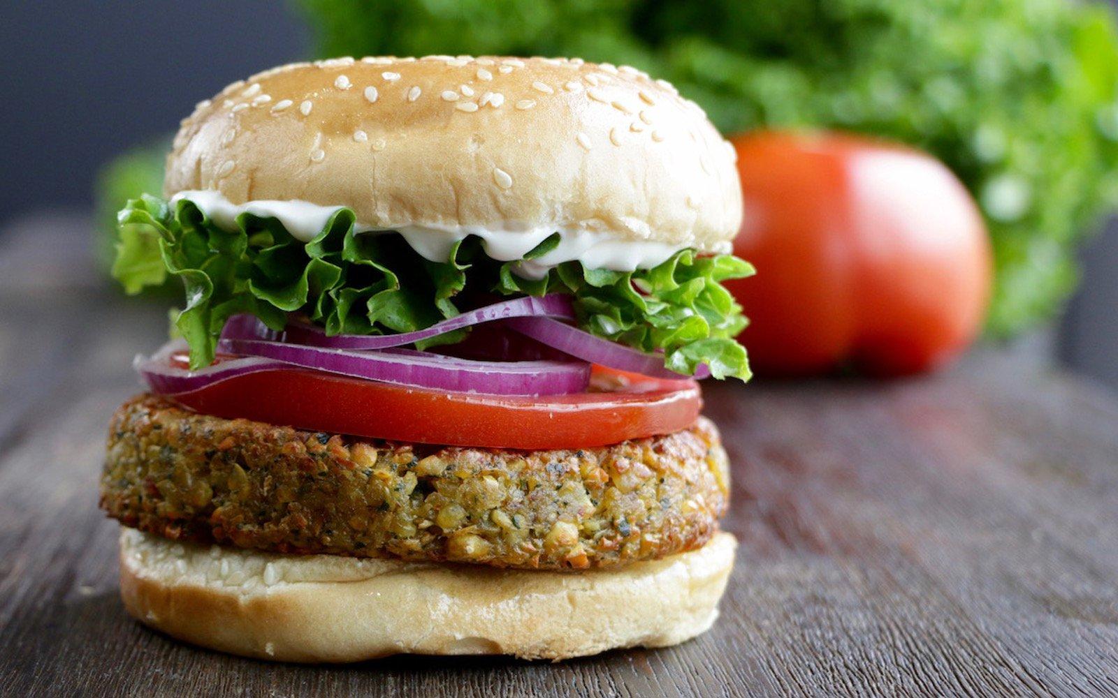 Vegan herby chickpea burgers