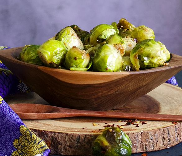 Roasted Brussels Sprouts With Red Pepper and Garlic