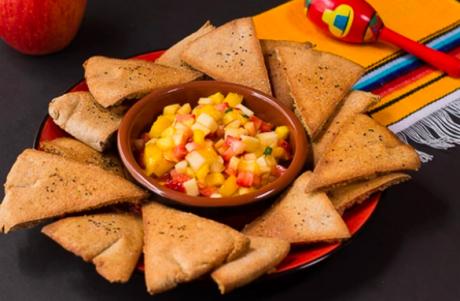 Vegan Fruit Salsa With Baked Pita Chips