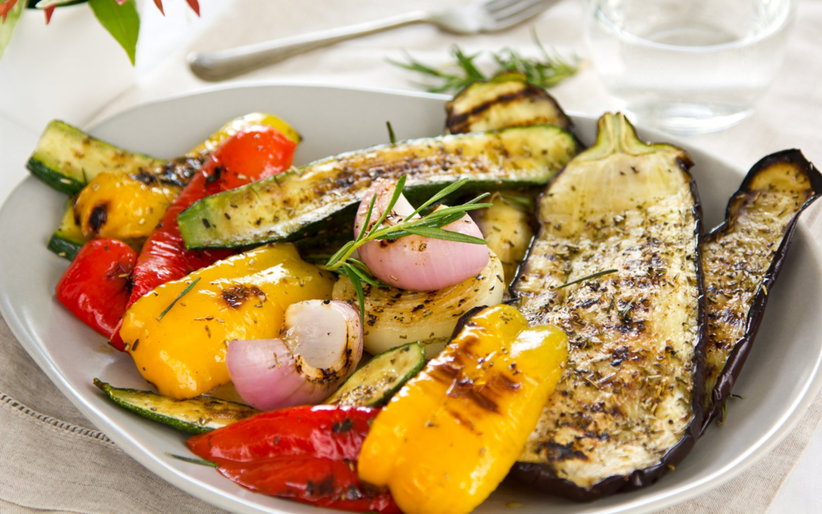 Grilled vegetable variety on a plate