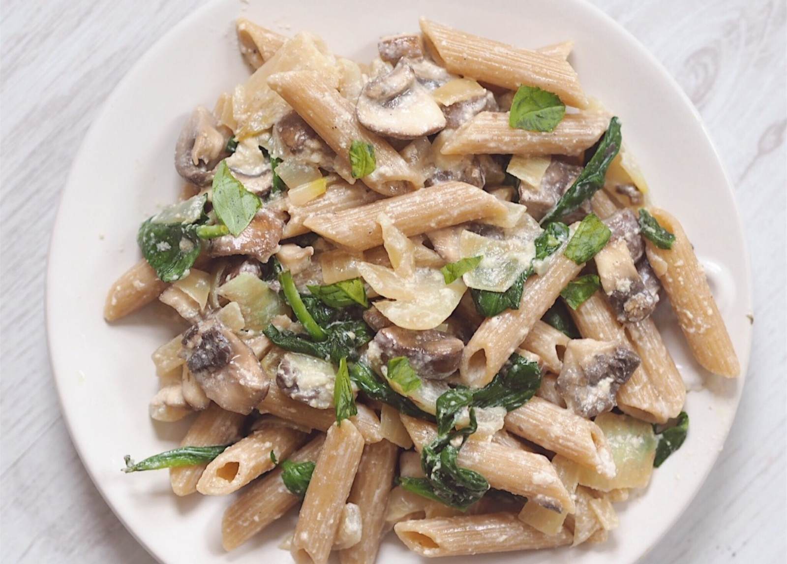 Vegan Creamy Mushroom and Herb Pasta