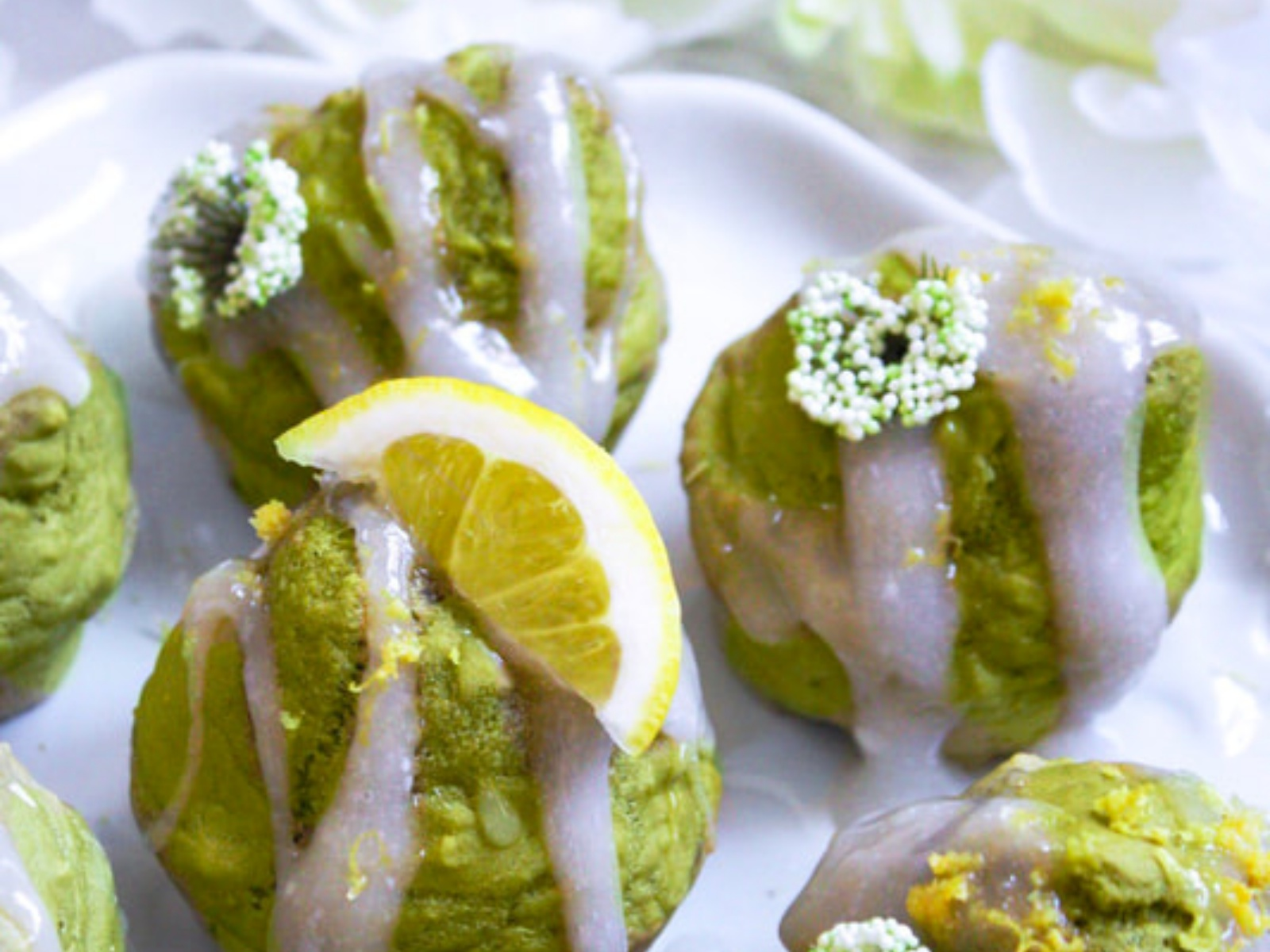 Fluffy vegan matcha lemon muffins