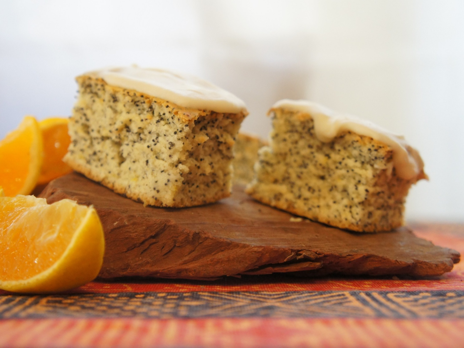 Vegan orange poppyseed cake