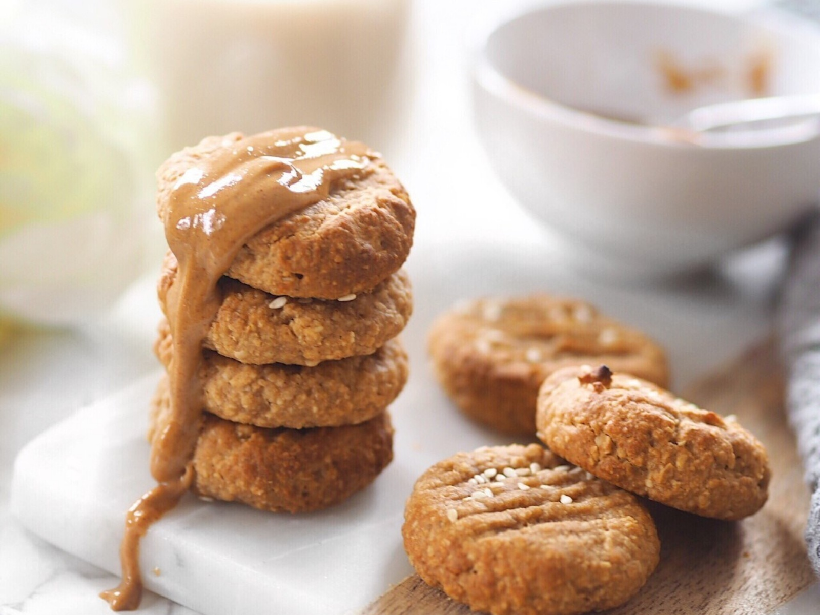 Healthy tahini oat cookies with a hint of maple syrup