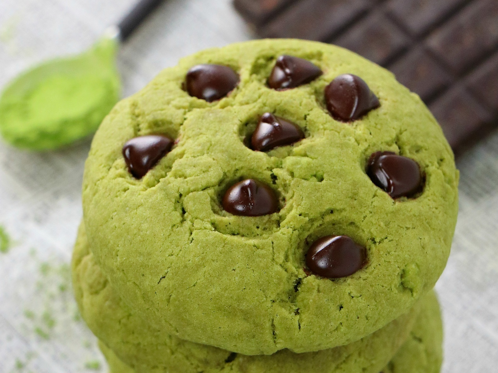 Fluffy matcha flavored cookies with chocolate chips