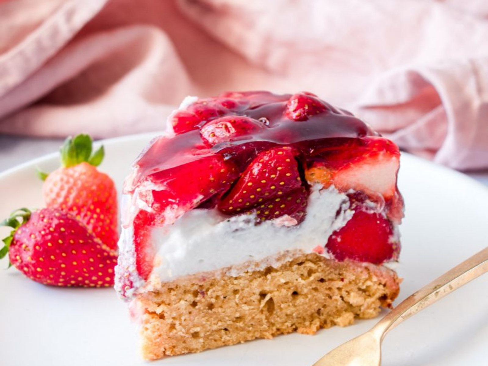 Strawberry Jelly Cream Cake