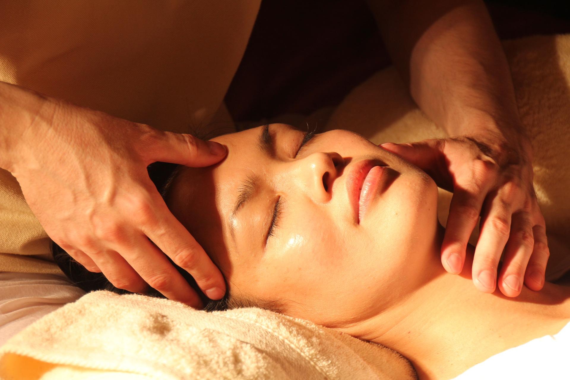 Reiki energy facial, self-care method