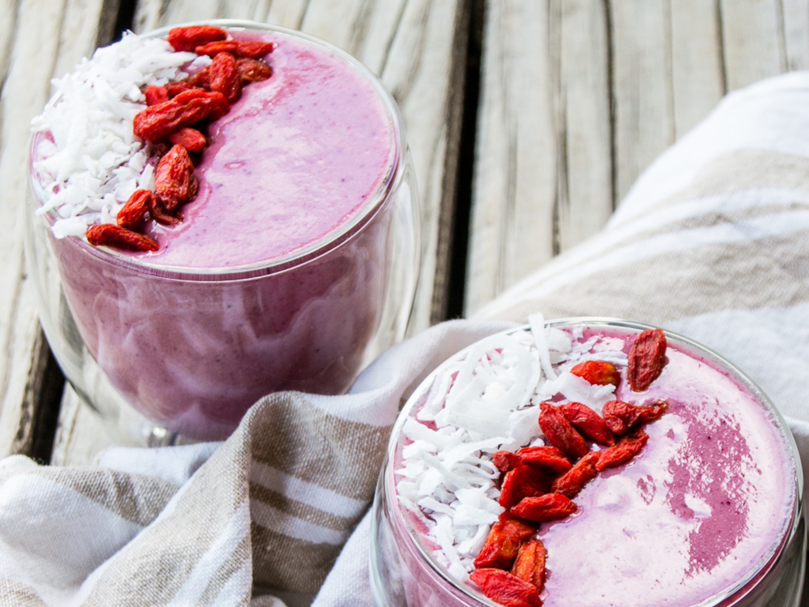 High-Protein Berry Smoothie